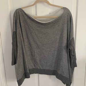 LIKE NEW Beyond Yoga Pullover//Small